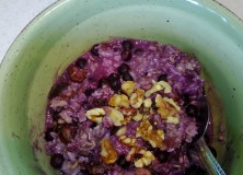 'Homemade' Chili and Blueberry Oatmeal