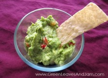Flavorful 4 Ingredient Guacamole