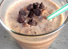 Healthy Double Chocolaty Chip Frappe (Caffeine Free)