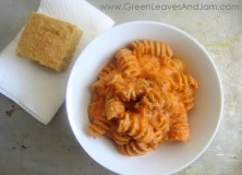 Pasta with Creamy Tomato Basil Sauce (Plant-based)