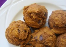 Healthy Pumpkin Chocolate Chip Muffins / Bread